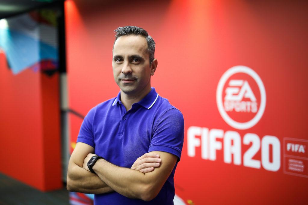 """Radu Ovidenie: """"FIFA Mobile a fost dezvoltat în România"""""""