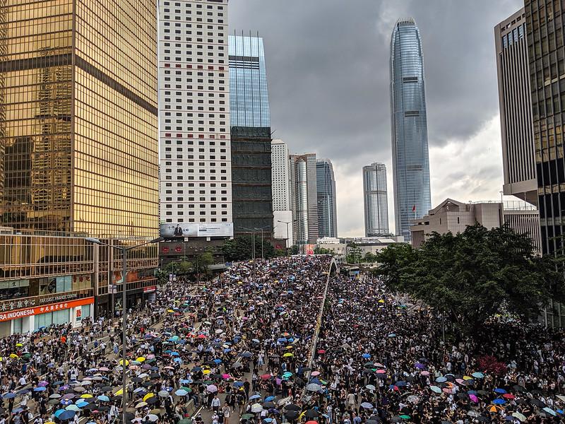 SFWD 072 >>> Hong Kong, podcasturi, trotinete Bolt