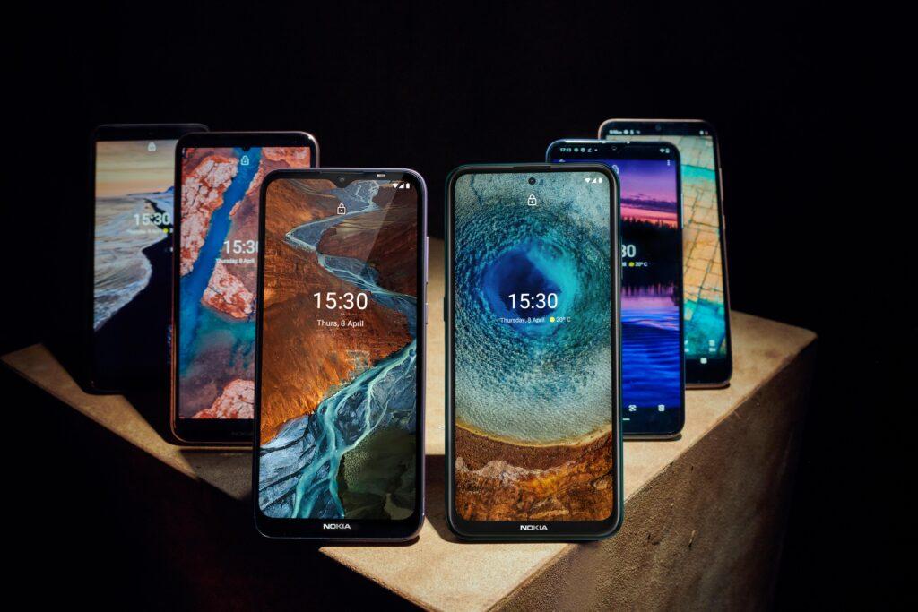 SFWD >>> Facebook promite mai mult control, Nokia are telefoane noi