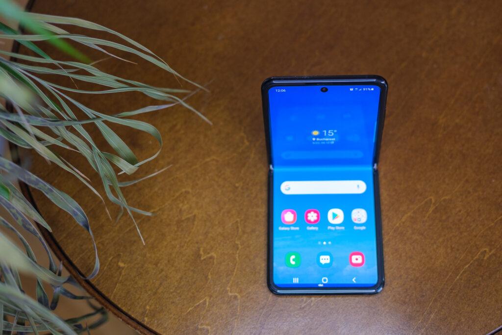 Review: Samsung Z Flip